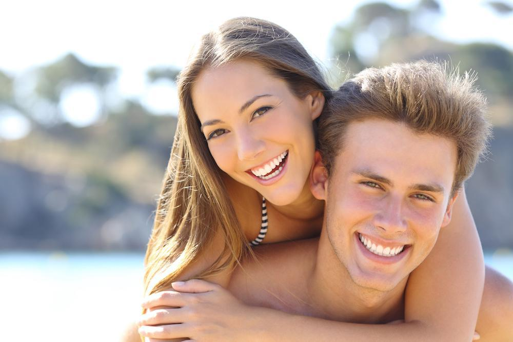 5 Great Reasons to Whiten Your Teeth This Summer